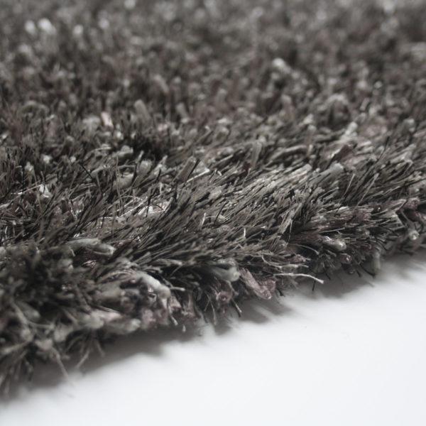 Hoogpolig-vloerkleed-mixed-zilver2