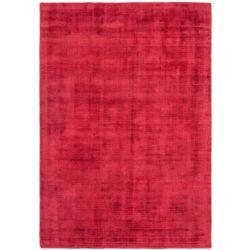 Laagpolig rood tapijt