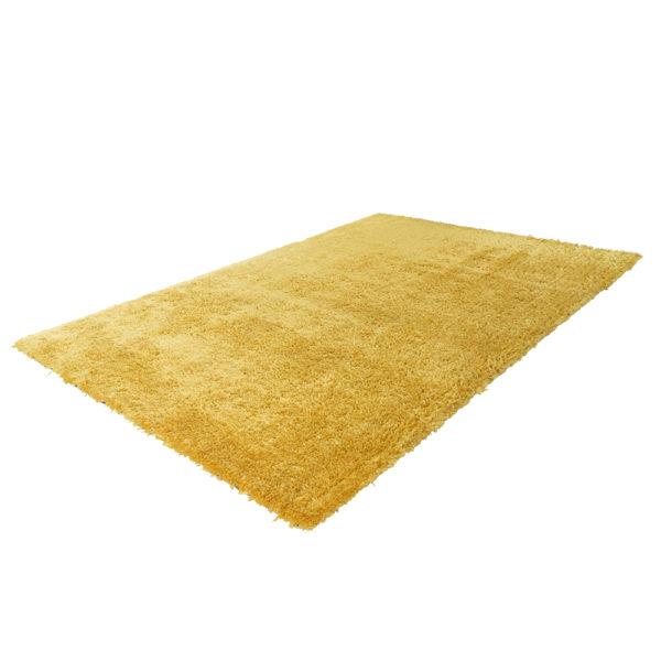 hoogpolig geel karpet