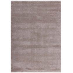 Beige hoogpolig tapijt