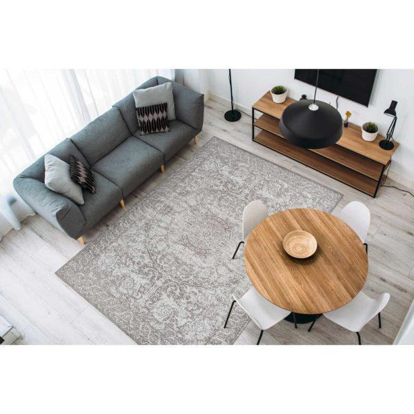 Taupe vintage karpet